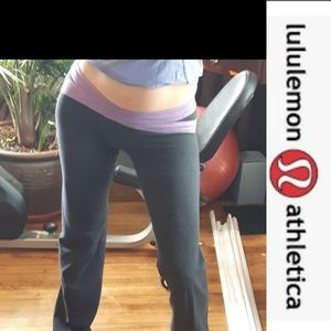 size 4 lululemon athletics low rise work out pants
